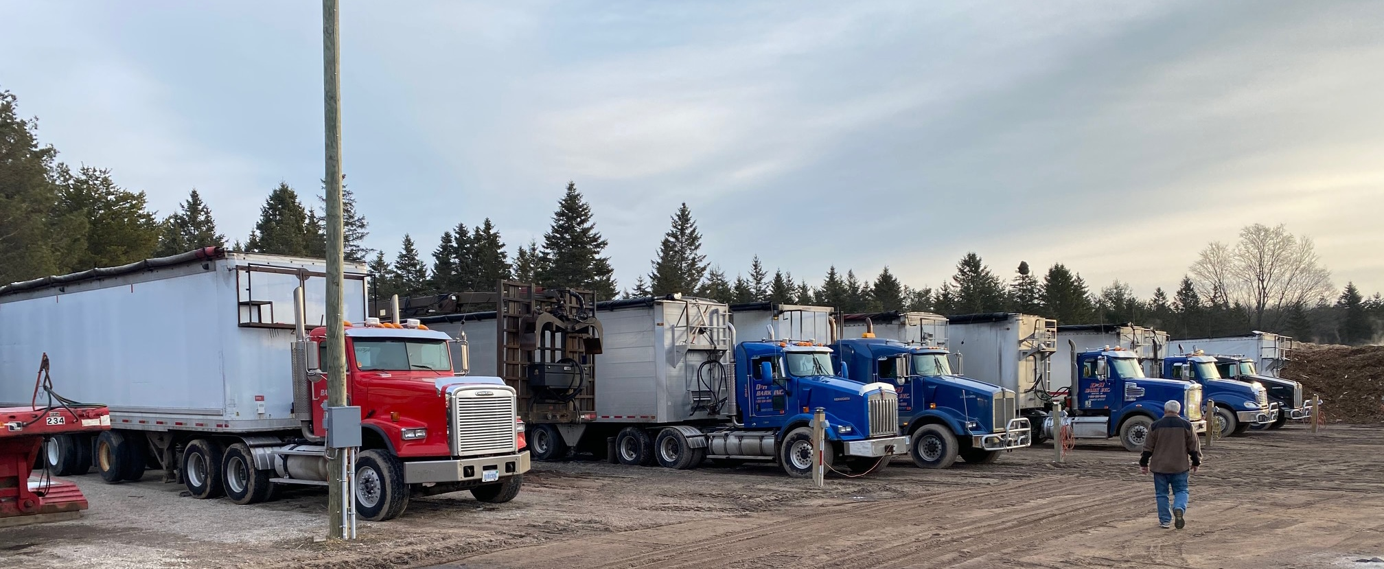 D&H Bark Fleet used to deliver Bark and Mulch